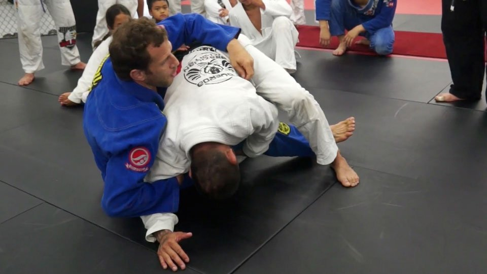 Arm Drag from Seated Guard