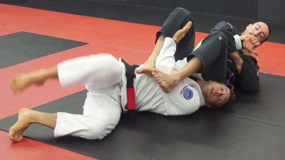 Armbar Escape1