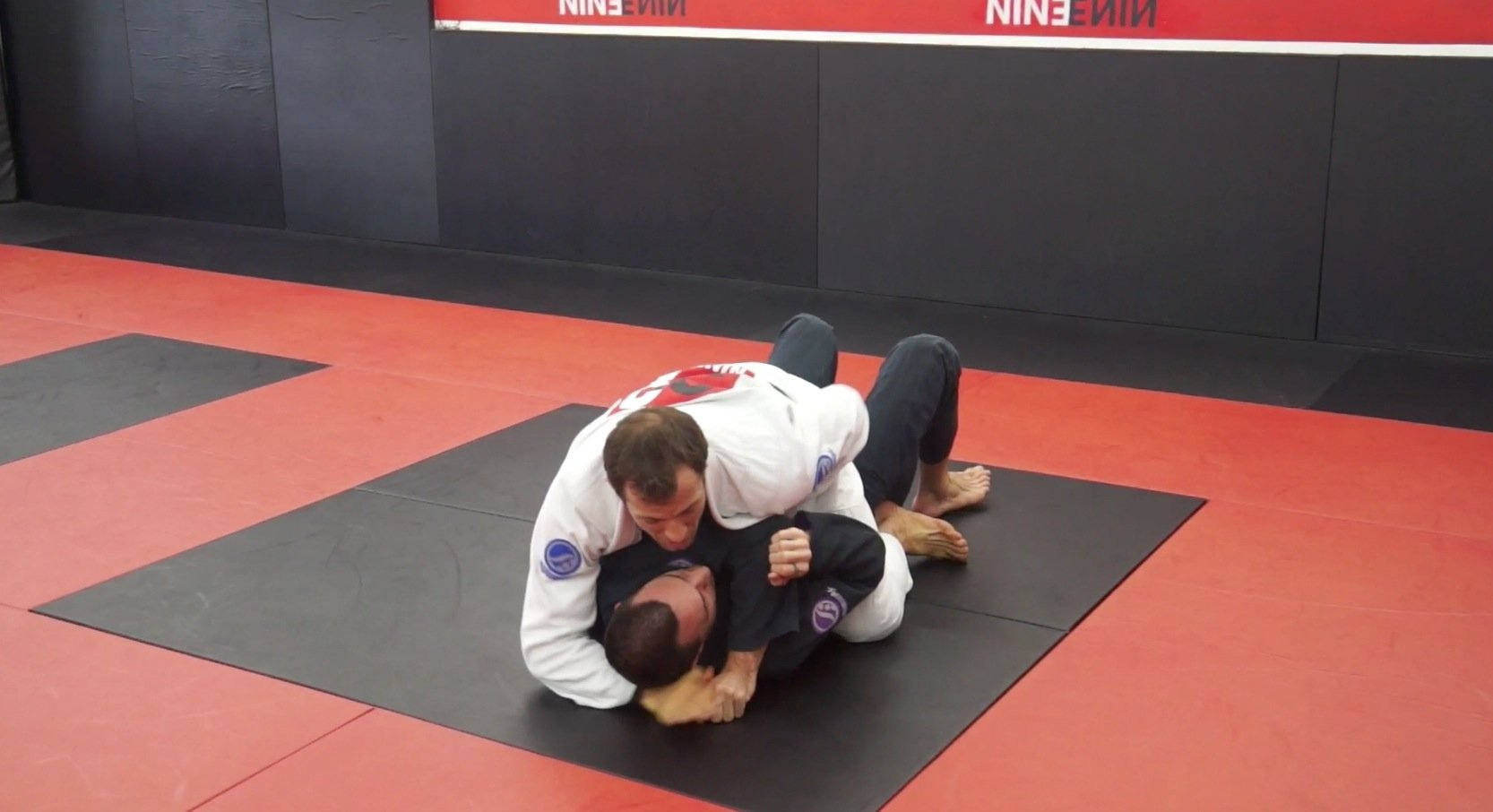 armbar pressure on elbow