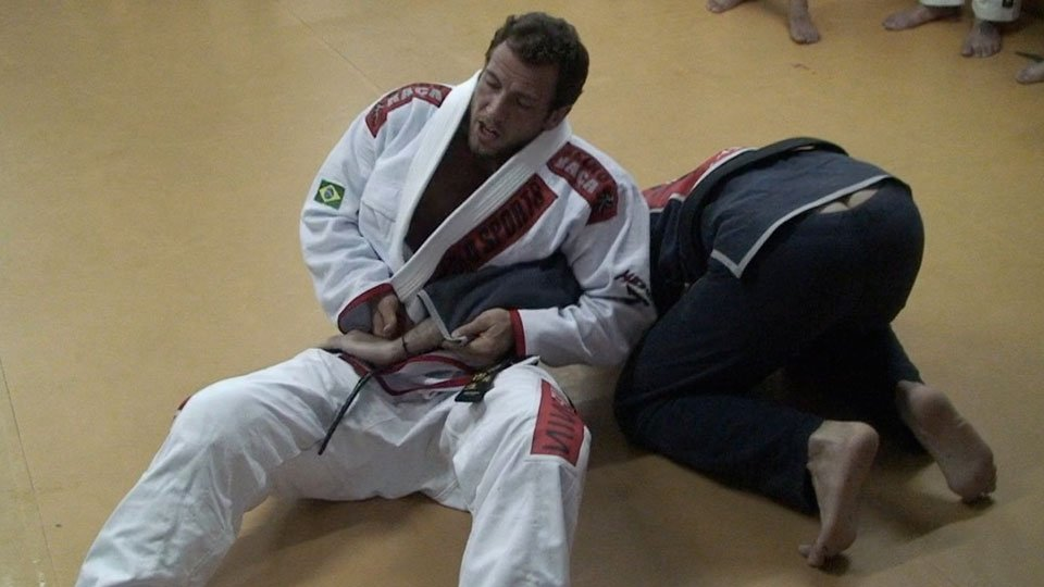 Turtle To Armbar (in Portuguese)