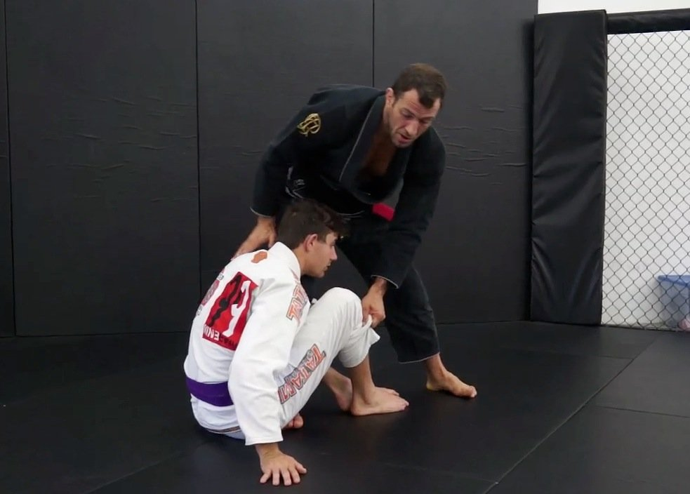passing seated guard - jiu-jitsu