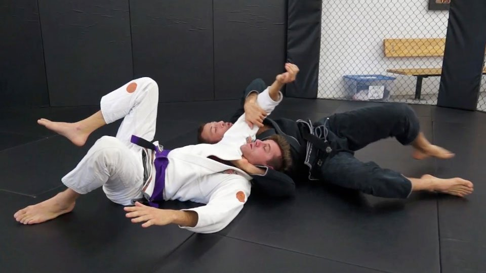 Seated Guard to Loop Choke